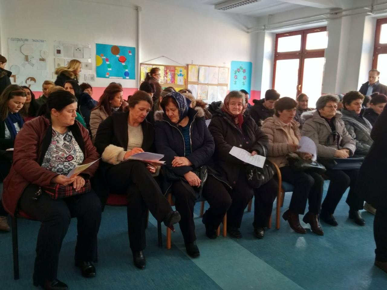Превенција и жаштита здравља жена-предавање и бесплатни мамографски прегледи за 110 жена у Подрашници