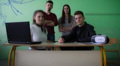 Гимназијалци из Мркоњић Града развили апликацију о молекулима и атомима